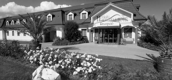 Hétkúti Wellness Hotel & Lovaspark Mór