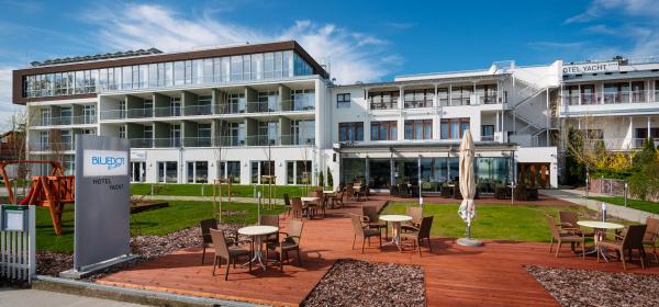 Hotel Yacht Wellness & Business Siófok